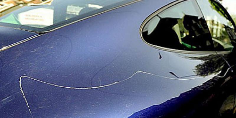 Убрать царапины с кузова автомобиля своими руками