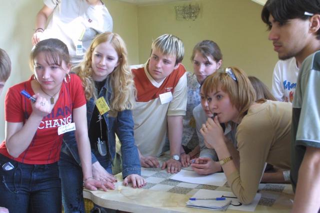 В Омске работало 68 клубов...  3 новых молодежных клуба по месту жительства.