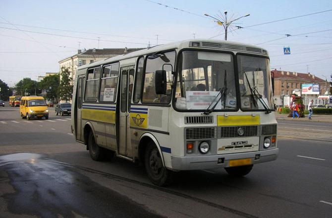 По новой схеме движения автобусы будут довозить пассажиров до улицы Герасименко 3/11, там разворачиваться и снова...